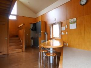 Cロッジ「居間・キッチン」