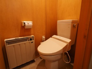 ABロッジ共通「温水洗浄トイレ」